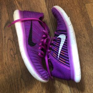Women's Nike after run Flyknit